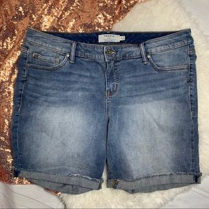 Torrid Denim Shorts size 20